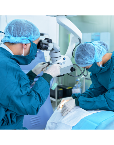 Cataract surgery with monofocal folding lens